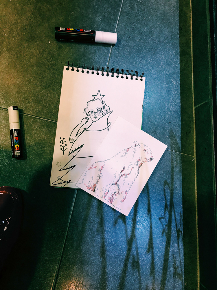 jesana motilva erica con ce ilustracion escaparate zaragoza